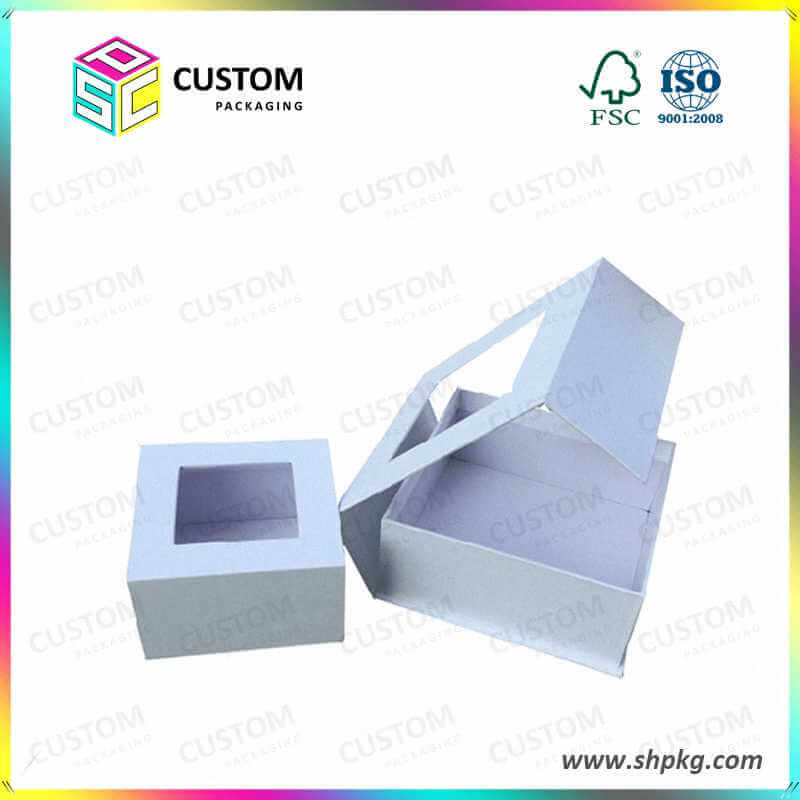 Rigid magnet closure box with top window